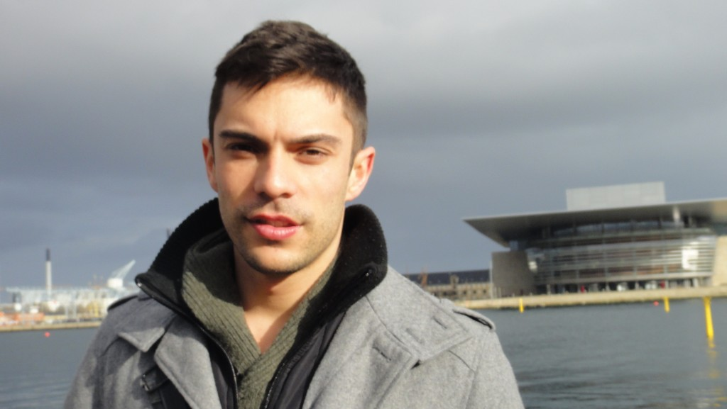 This is geeky Bruno in a very cold day in Copenhagen.